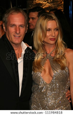 Michael Bolton and Nicollette Sheridan at the 2007 Vanity Fair Oscar Party. Mortons, West Hollywood, CA. 02-25-07 - stock photo
