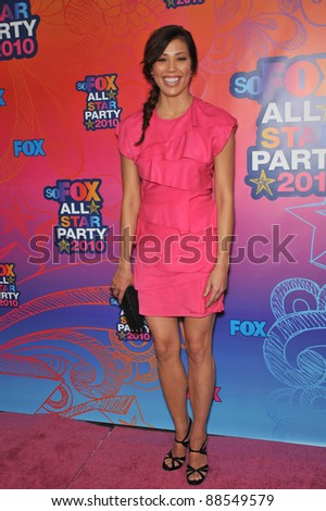 "Michaela Conlin - star of ""Bones"" - at Fox TV's All Star Party at Santa Monica Pier. August 2, 2010  Santa Monica, CA Picture: Paul Smith / Featureflash"