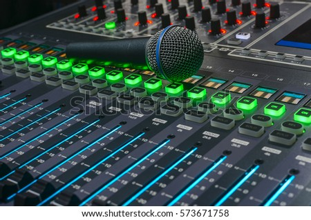 microphone and audio mixer