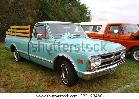 Middlesex, VIRGINIA - SEPTEMBER 26, 2015: A custom GMC 1500 V-EIGHT pickup at 