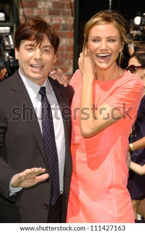 "Mike Myers and Cameron Diaz  at the Los Angeles Premiere of ""Shrek The Third"". Mann Village Theatre, Westwood, CA. 05-06-07"