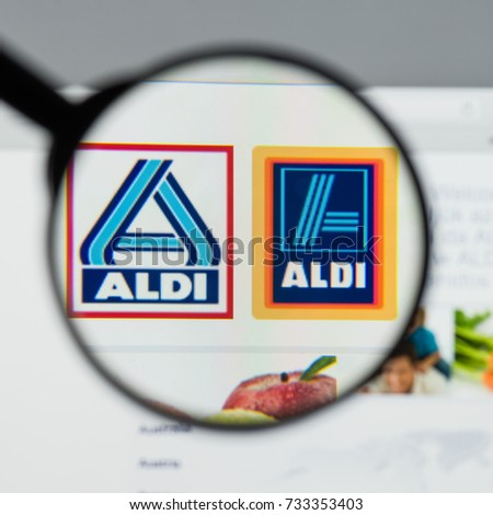 Milan Italy August 10 2017 Aldi Stock Photo 733353403 Shutterstock