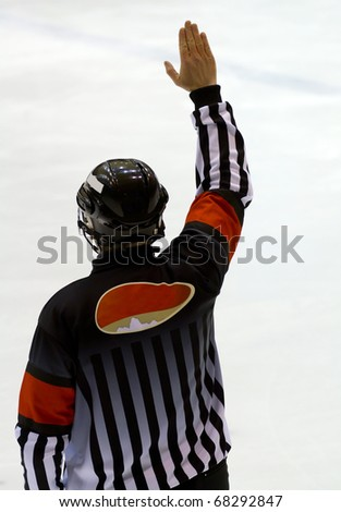 MILAN, ITALY - DEC 27: A referee during a game against the HC Milano at Agora  Arena on December 27, 2010, in Milan, Italy
