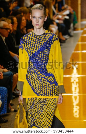 MILAN, ITALY - SEPTEMBER 25: A model walks the runway during the Sportmax fashion show as part of Milan Fashion Week Spring/Summer 2016 on September 25, 2015 in Milan, Italy.