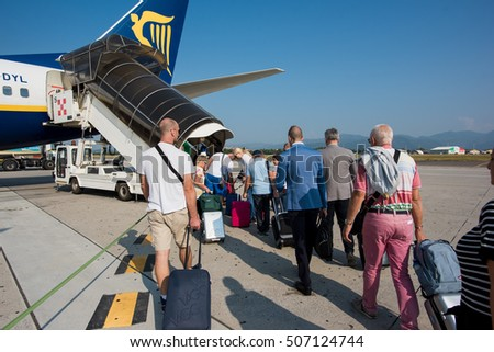 establishment of the ryanair airline company Ryanair takes travelling seriously from priority boarding, to additional checked bag allowance, to fast track facilities - we are always getting better book your flights to 200.