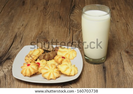 Milk and cookies - stock photo