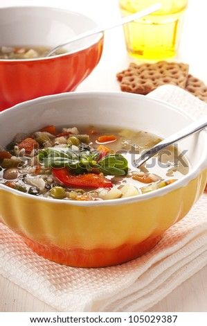 Minestrone with pepper, bean, rice and bread