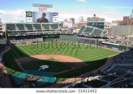 MINNEAPOLIS, MN - JUNE 15: View of Target Field during batting practice before Major League Baseball game between the Colorado Rockies and the Minnesota Twins on June 15, 2010 in Minneapolis, MN