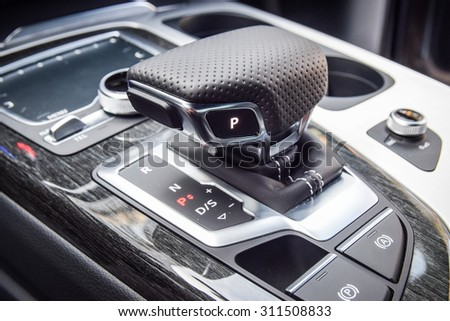 MINSK, BELARUS - AUGUST 28, 2015: close-up photo of a new style gear selector of automatic gearbox of the 2015 model year all-new Audi Q7 3.0 TFSI.