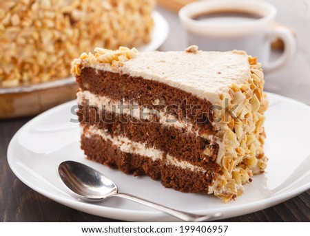 Moco cake with almond