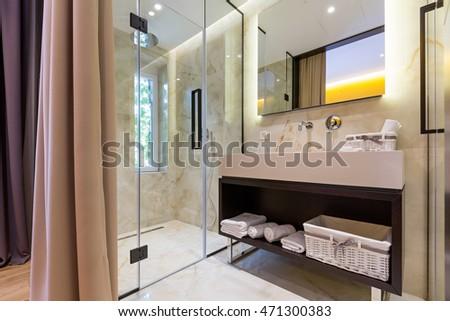 Modern Luxury Hotel Bathroom Interior