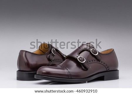 Modern men leather shoes