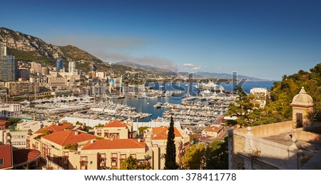 Monaco, Monte-Carlo, Monaco Ville, 5 sept 2015: Panorama Port Hercules, the preparation of the yacht show MYS in September, clear weather, sunny day, many yachts and boats, Prince's Palace of Monaco