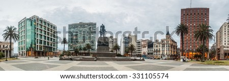 MONTEVIDEO, URUGUAY - FEB 18, 2015: View of Plaza Independecia square in the center of Montevideo.