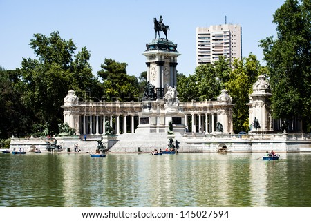 Monument in memory of King Alfonso XII, Retiro Park, Madrid, Spain