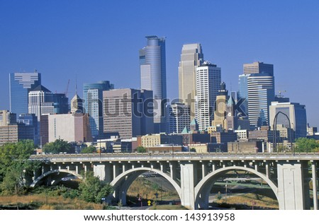 Morning view of Minneapolis, MN skyline