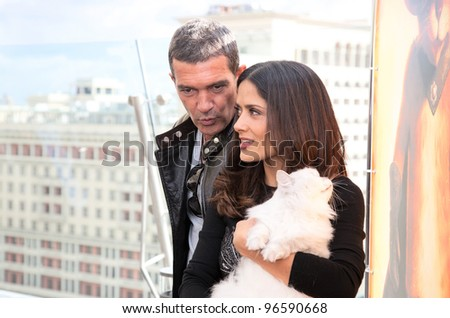 "MOSCOW - JULY 16: Antonio Banderas and Salma Hayek arriving at the ""Puss In Boots"" Premiere at the Ritz Hotel Moscow on July 16, 2011 in Moscow, Russia"