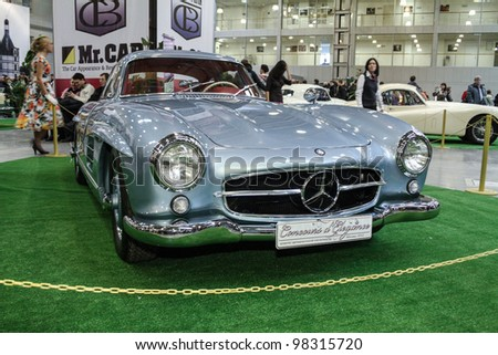 MOSCOW-MARCH 9: Mercedes-Benz 300SL 1955 at the international exhibition of the technical antiques on March 9, 2012 in Moscow - stock photo