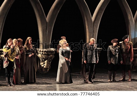 hamlet the central dilemma Get an answer for 'what's hamlet's dilemma' and find homework help for other hamlet questions at enotes.