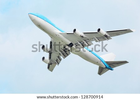 MOSCOW - SEP 22: Boeing 747 flies on Sep 22, 2011 in Moscow, Russia.  At time of its creation, Boeing 747 was largest, heaviest and roomy passenger airliner, remaining so for 37 years.