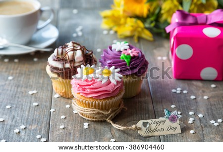 Mother's Day Cupcakes with tag - stock photo