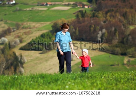 Mother with baby - Walk in the mountains