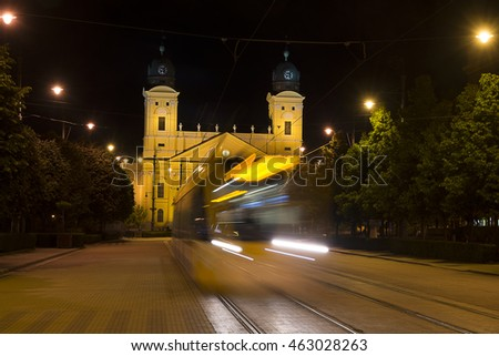 Motion night tram