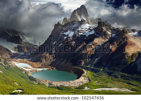 Mount Fitz Roy and laguna Torre, Los Glaciares National Park, Patagonia, Argentina