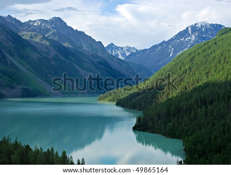 Mountain lake Kucherlinskoe, Altai, Russia