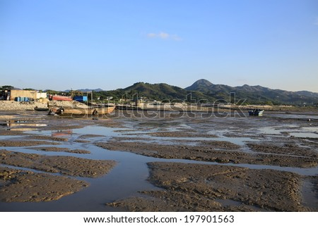 mud road of footprint in Ha Pak Nai wetland tidal wave, the oyster field scenes from hong kong to shenzhen coast at Ha Pak Nai, Yuen Long