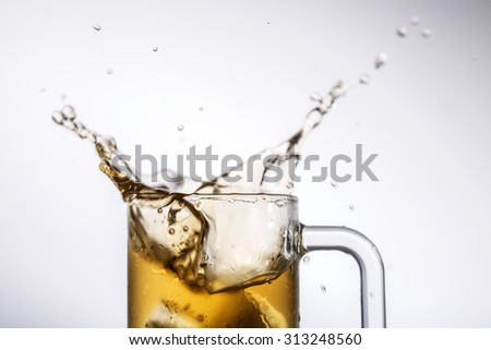 Mug with beer splash