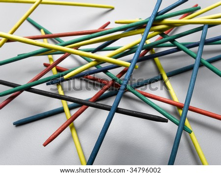 Multicolored pick-up sticks