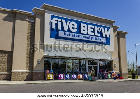 Muncie - Circa August 2016: Five Below Retail Store. Five Below is a chain that sells products that cost up to $5 VI