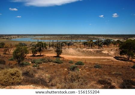 How long is Australia's longest river?