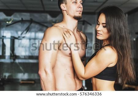 great-body-lifting-naked-girls-simon-nude-pocs