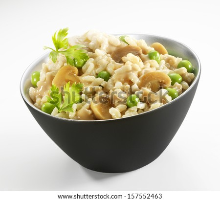 Mushrooms and peas risotto