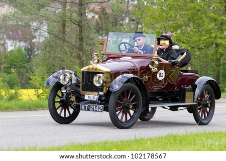 MUTSCHELLEN, SWITZERLAND-APRIL 29: Vintage pre war race car Alldays Victoria Coup���© from  1914 at Grand Prix in Mutschellen, SUI on April 29, 2012.  Invited were vintage sports cars and motorbikes.