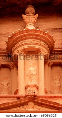 """Nabatean architecture detail of """"The treasury"""" at Petra, Lost rock city of Jordan. Petra's temples, tombs, theaters and other buildings are scattered over 400 square miles. UNESCO world heritage site - stock photo"""