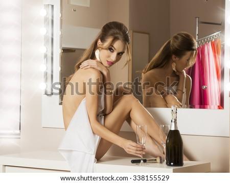 Dressing room naked girls, homevideo family fuck