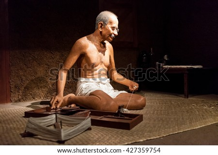 Nakhonpathom, THAILAND - MAY 27,2016 : Wax Figures Mahatma Gandhi at Thai Human Imagery Museum in Nakhonpathom Province, Thailand.