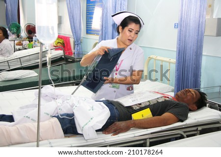 NAKHONSAWAN/THAILAND-JULY 31: Exercise Management for group accident on July 31, 2014 in Nakhonsawan. Some severe traumatic victims are admitted at Traumatic ward. - stock photo