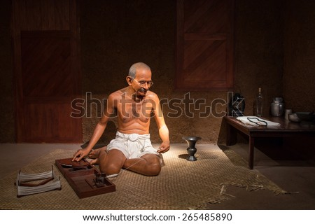 NAKORNPRATHOM,THAILAND-MARCH 25:Mahatma Gandhi brought freedom to India and new method of solving disputes Non-Violence show at Thai Human Imagery Museum on March 25,2015 in Nakornprathom,Thailand - stock photo