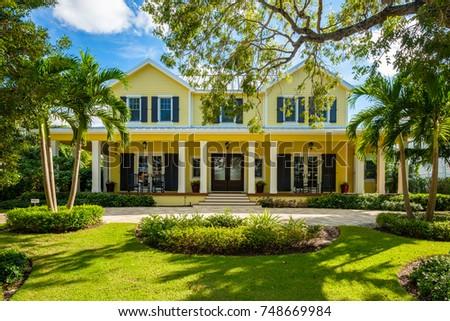 Hollywood Beach Florida July 6 2017 Stock Photo 674071681
