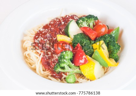 Napolitaine pasta with sauteed vegetables