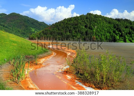 Nature pollution of a copper mine exploitation