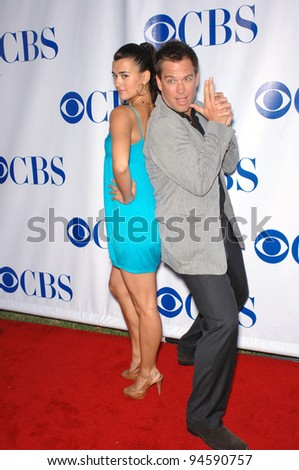 "NCIS stars Cote de Pablo & Michael Weatherly at the CBS Summer Press Tour ""Stars Party 2007"" on the Wadsworth Theatre Great Lawn. July 20, 2007  Los Angeles, CA Picture: Paul Smith / Featureflash"