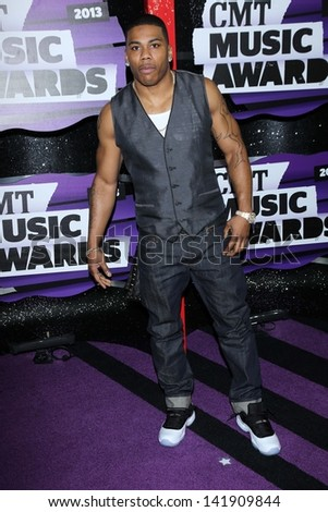 Nelly at the 2013 CMT Music Awards, Bridgestone Arena, Nashville, TN 06-05-13