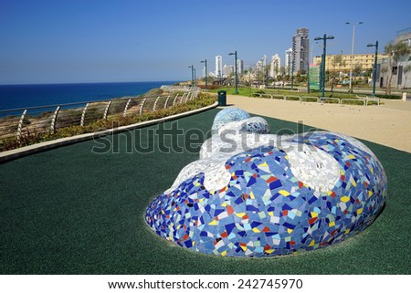 NETANYA, ISRAEL - CIRCA OCTOBER 2014 Monument on the coast                                - stock photo