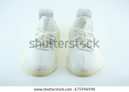 New Adidas Yeezy Boost 350 V2 Cream White Release Date 29 April 2017 Bangkok Thailand