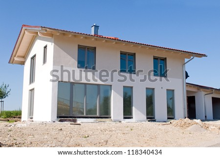 New built single family home Image taken from public ground, no PR necessary